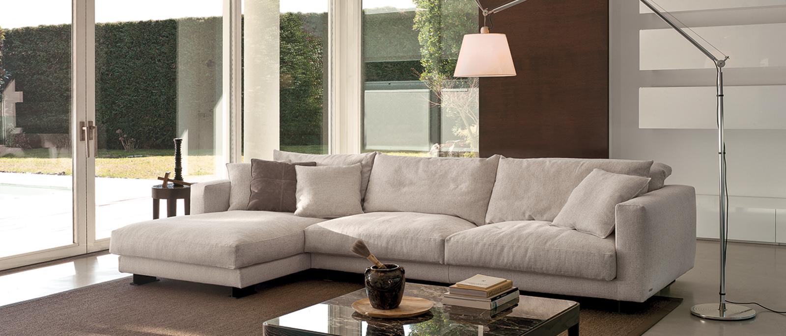Cts salotti poltrone cts italian sofas for Foto di salotti